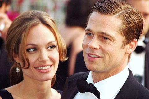 Angelina Jolie và Brad Pitt đã nhận thêm con nuôi người Campuchia?
