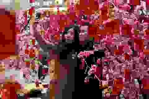 """Chuyện thuê người yêu ngày Tết """"làm nóng"""" mạng xã hội Trung Quốc"""