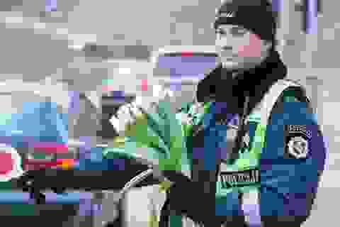 Khi cảnh sát làm ấm lòng chị em trong ngày 8/3…