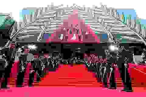 Xem cảnh sát Pháp luyện tập chống khủng bố tại LHP Cannes