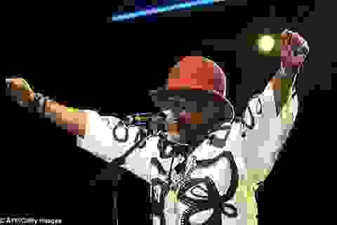 """""""Ông vua rumba"""" của lục địa đen đột tử trên sân khấu"""