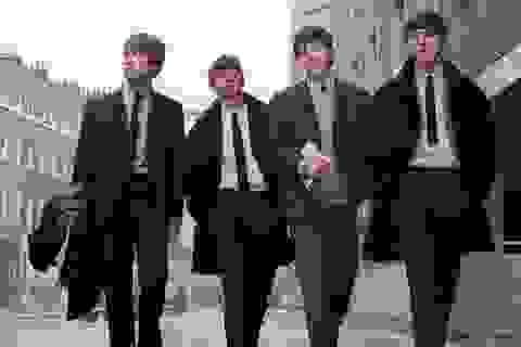 """Đấu giá lá thư """"căng thẳng"""" giữa hai huyền thoại The Beatles"""
