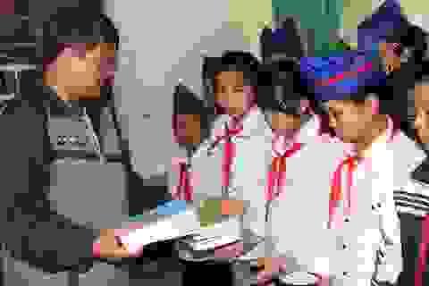 Phân bổ hơn 900 tấn gạo hỗ trợ học sinh vùng khó khăn