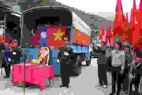 Đón nhận 31 bộ hài cốt liệt sĩ Việt Nam hy sinh tại Lào