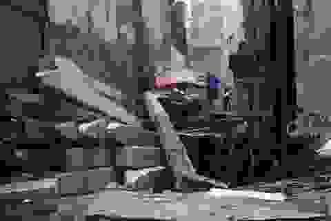 Hà Nội: Sập cần cẩu công trình xây dựng, 1 người trọng thương