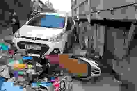 Xe tải vượt ẩu cán hàng loạt ô tô, xe máy