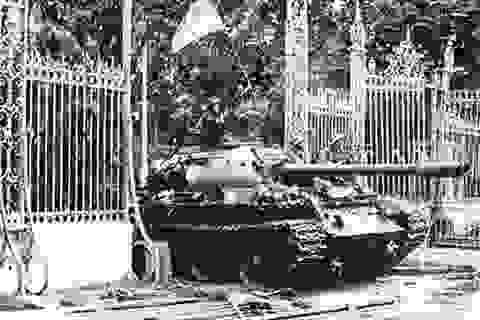 Pháo thủ trên chiếc xe tăng húc đổ cổng Dinh Độc Lập ngày 30/4 qua đời