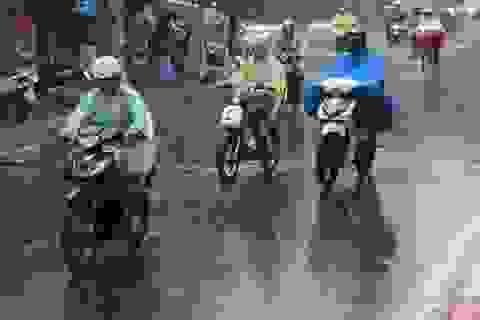 Bắc Bộ và Tây Nguyên có mưa rào và giông, đề phòng tố, lốc