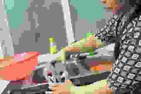 Kỳ lạ cá 2 khoang bụng tại Hà Nội