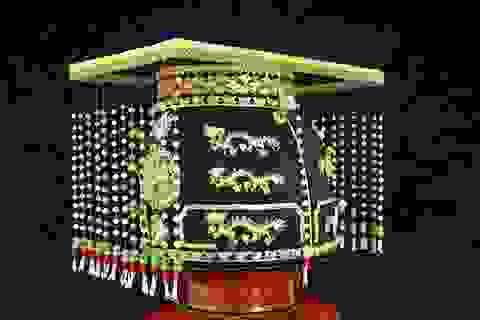 Bí mật chưa từng tiết lộ về 4 vương miện cuối cùng của triều Nguyễn (Kỳ 1)