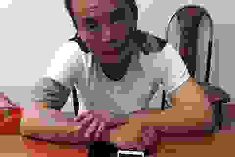 Bắt nhanh đối tượng người Trung quốc trộm cắp điện thoại