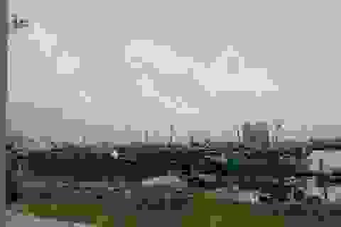 Cảnh báo hơn 10.600 tàu chủ động tránh áp thấp nhiệt đới