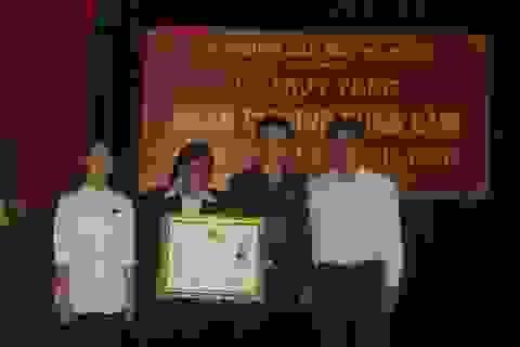 Truy tặng Huân chương dũng cảm của Chủ tịch Nước cho lái tàu Lê Minh Phú