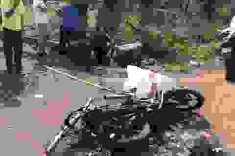 Hai cẩu tặc nghi bị đánh chết và đốt cháy xe máy