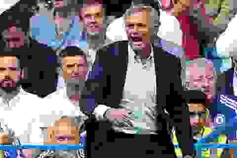 Mourinho trách móc Eden Hazard sau khởi đầu kém cỏi của Chelsea