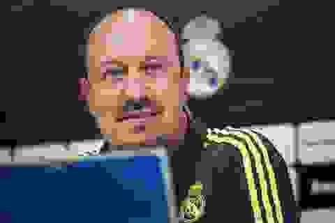 """Benitez phủ nhận """"sao"""" Real nổi loạn trước trận Siêu kinh điển"""