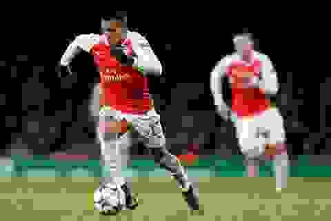 Dính chấn thương, Alexis Sanchez vẫn bị buộc phải thi đấu