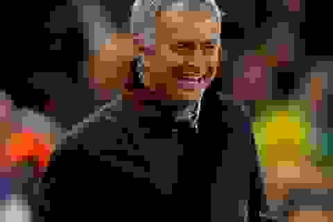 Đại gia Trung Quốc gây sốc với Mourinho