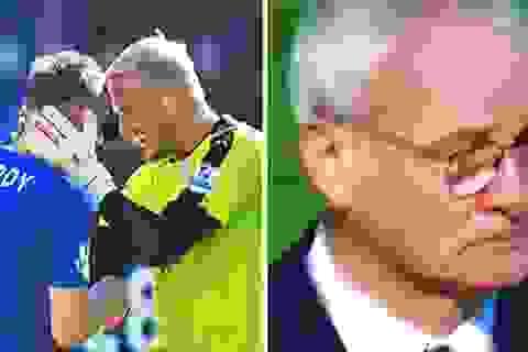 Vỡ òa hạnh phúc, HLV Ranieri bật khóc trên sân