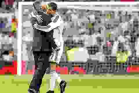 """Ancelotti: """"C.Ronaldo bỏ mặc Irina Shayk và không quan tâm tới tiền"""""""
