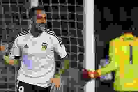 Barcelona chiêu mộ thành công Paco Alcacer với giá 30 triệu euro
