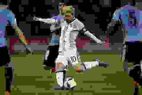 """Messi lên tiếng sau khi bị chỉ trích """"giỏi diễn kịch"""""""
