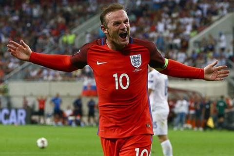 Wayne Rooney vượt mặt David Beckham ở tuyển Anh