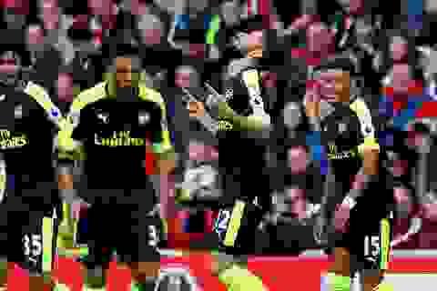Arsenal: Sau thăng hoa là… giông bão
