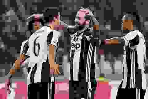 Vùi dập Pescara, Juventus tiến sát kỷ lục