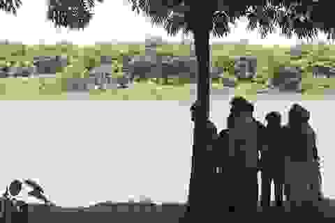 Nam sinh vừa tốt nghiệp cấp 3 tử vong bất thường dưới sông Hương