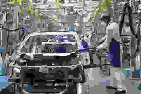 """""""Chìa khóa"""" nào để Việt Nam trở thành trung tâm sản xuất mới của thế giới?"""