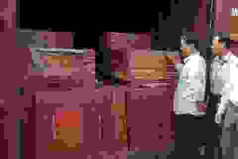 Khởi tố vụ buôn lậu, tiêu thụ hơn 100 container gạch men tại Hà Nội