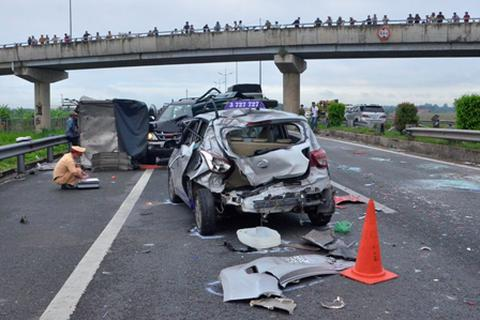 10 tháng, hơn 7.000 người chết vì tai nạn giao thông