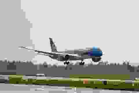 Máy bay lại bị chiếu tia laser khi hạ cánh
