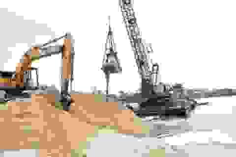 Lợi dụng nạo vét luồng hàng hải để bơm hút cát lậu?