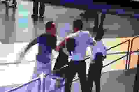 """Vụ hành hung nhân viên hàng không: Xử nghiêm, bất kể """"con ông cháu cha""""!"""