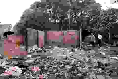 Nhà bỗng nhiên cháy rụi khi đang xô xát tranh chấp đất