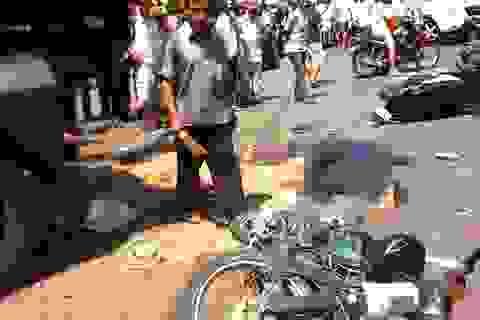 Xe ben gây tai nạn kinh hoàng, 2 người chết, nhiều người bị thương