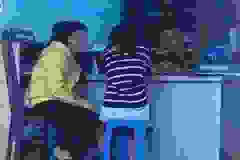 Giải cứu hai thiếu nữ khỏi quán cà phê đèn mờ