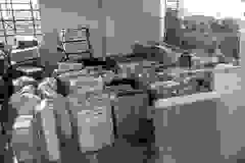 Vét hàng cũ từ Campuchia, xuất lậu về Việt Nam