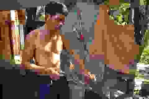 """""""Vua"""" săn rắn hổ mang khét tiếng ở Sài Gòn"""