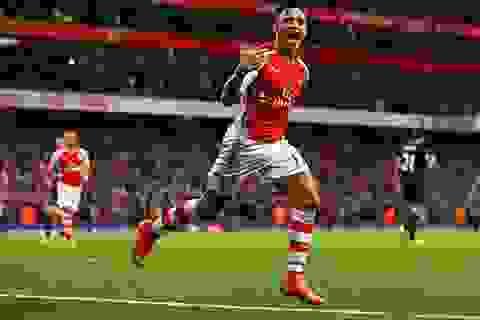 Sanchez châm ngòi, Arsenal bắn hạ Burnley