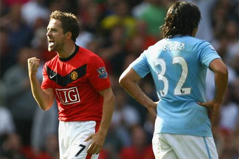 5 trận derby nảy lửa tại Old Trafford