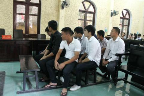 AFC cấm vĩnh viễn 9 cầu thủ Ninh Bình bán độ