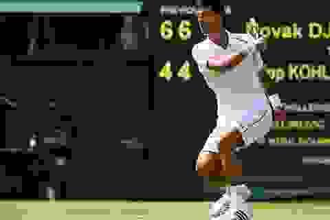 Djokovic mất hai giờ để vượt qua vòng đầu
