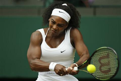 Loại chị gái, Serena Williams vào tứ kết