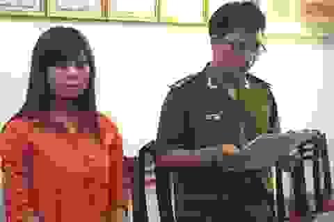 """Thiếu nữ 18 tuổi bị khởi tố vì lừa bán """"hàng ảo"""" qua mạng"""