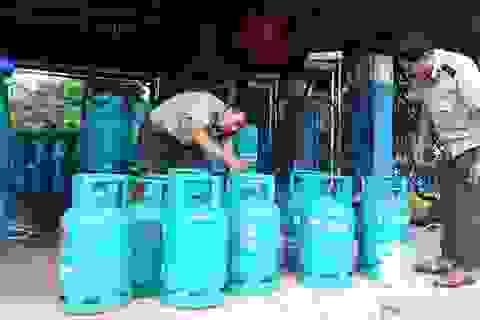 Hà Nội: Hàng nghìn bình gas được sản xuất, sang chiết trái phép