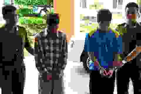 Vụ nam sinh bị tạt axit: Xuất phát từ mối tình tay ba