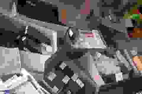 Hà Nội: Hơn 3.000 bao thuốc lá lậu ở cửa hàng tạp hóa